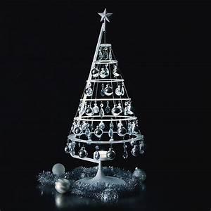 Scandinavian Style Scandinavian Christmas Tree Wooden