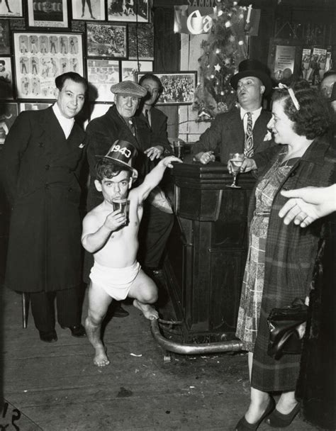 Photos Of Weegee's Bowery Of Flophouses And Drunks On