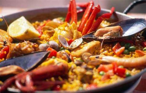cucina spagnola paella genova serata paella e sangria genovabene it
