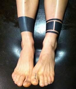 Tatouage Homme Cheville : tatouage cheville bracelet ~ Melissatoandfro.com Idées de Décoration