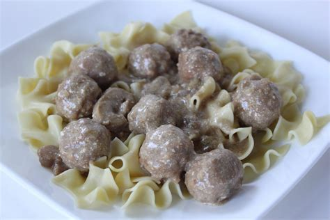 crock pot meatballs crockpot swedish meatballs smashed peas carrots