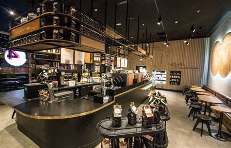 This machine cost $11,000, starbucks acquired the clover brewing system from the coffee equipment company. Paris store welcomes the first Clover Machine in France