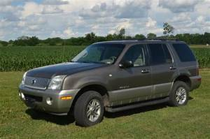 Sell Used 2002 Mercury Mountaineer Awd Fully Loaded  4