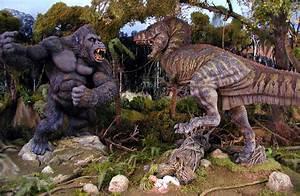 Tyrannosaurus Rex vs King Kong images