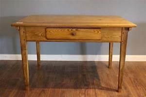 Alter Esstisch Holz : alter kleiner tisch herziger alter tisch with alter kleiner tisch affordable sehr alter ~ Orissabook.com Haus und Dekorationen