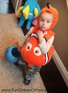 Findet Nemo Kostüm Baby : die besten 25 nemokost m ideen auf pinterest finding nemo kost m disney cosplay und film ~ Frokenaadalensverden.com Haus und Dekorationen