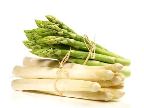 cuisiner les asperges vertes des recettes d 39 asperges qui nous bottent recettes d