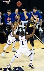 Wichita State shocks Kansas 78-65, advances to NCAA ...