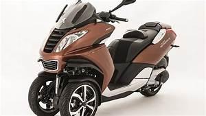 Peugeot Metropolis 400 : news update 2017 peugeot metropolis 400 scooter youtube ~ Medecine-chirurgie-esthetiques.com Avis de Voitures