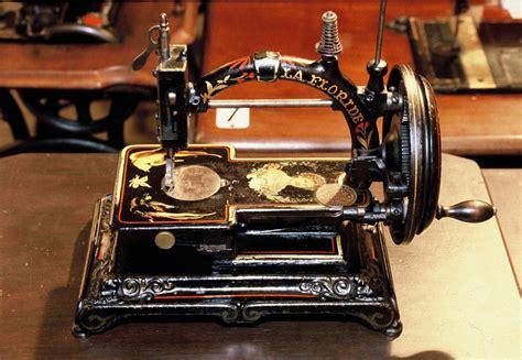 la maison de la machine a coudre mus 233 e de la machine 224 coudre rouill 233 86 vienne