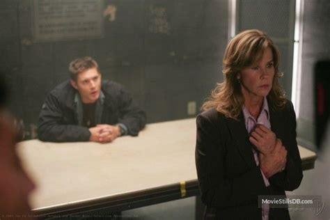 Supernatural - Publicity still of Jensen Ackles & Linda ...