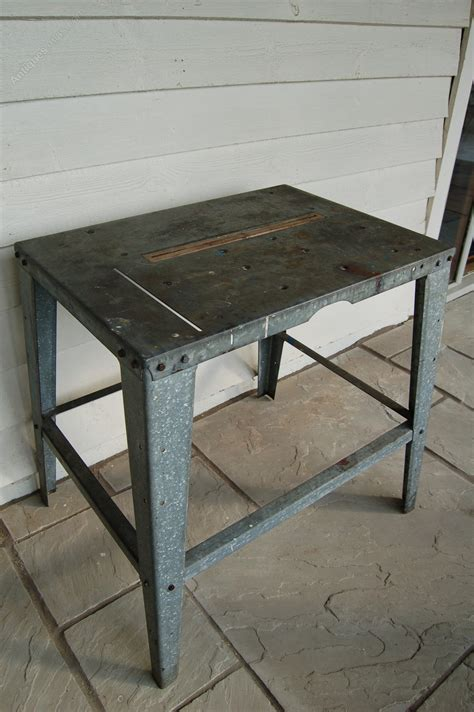 antiques atlas  vintage industrial  benchtable