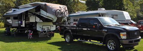 reparation de toile de tente roulotte entretien et r 233 paration de roulottes motoris 233 s et tente roulottes 224 qu 233 bec