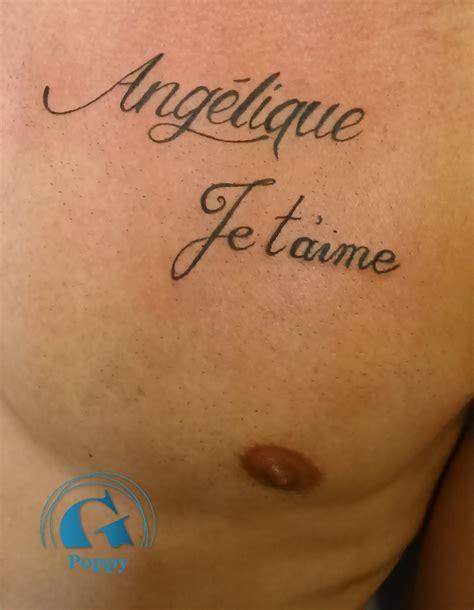 tatouage ecriture graphicaderme