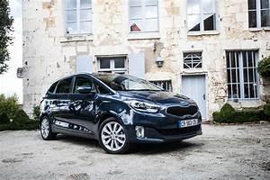 Meilleure Voiture 7 Places : quelle est la meilleure voiture familiale du moment kia carens ~ Medecine-chirurgie-esthetiques.com Avis de Voitures