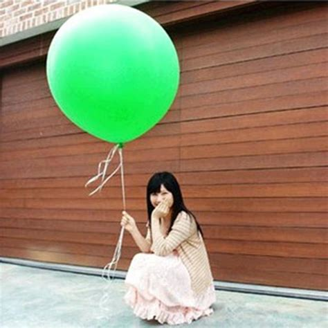 cheap colorful   giant red white green balloon