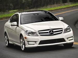 Coupe Mercedes : mercedes benz c klasse coupe c204 2011 2012 2013 autoevolution ~ Gottalentnigeria.com Avis de Voitures