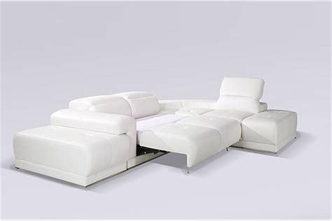canapé blanc design canapé d 39 angle blanc benley convertible canapés d