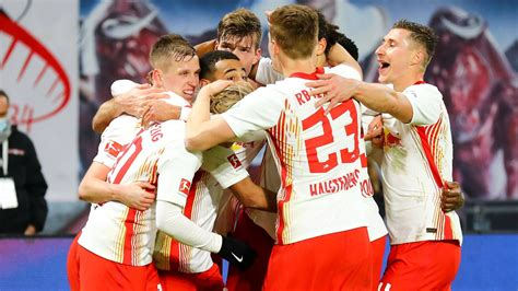 """Aug 04, 2021 · rb leipzig midfielder marcel sabitzer has told the club he will not extend his contract due to expire in 2022, goal has learned, amid reported interest from bayern munich RB Leipzig News: Lothar Matthäus: """"So kann man Meister ..."""