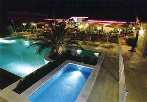 hotel lou mistralou andiol voir 70 avis et 30 photos