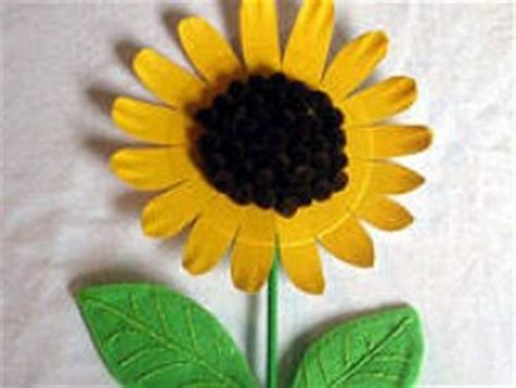 paper plate sunflower fun family crafts