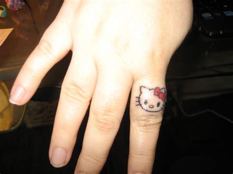 small tattoo designs  women great tattoos