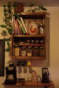 etagere de cuisine en palette kitchen pallet shelf With best brand of paint for kitchen cabinets with standing candle holders