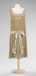 Robe Année 20 Vintage : patron couture robe annee 1920 ~ Nature-et-papiers.com Idées de Décoration