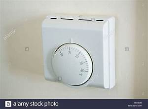 Britain Uk Central Heating Thermostat Wall Mounted Set At