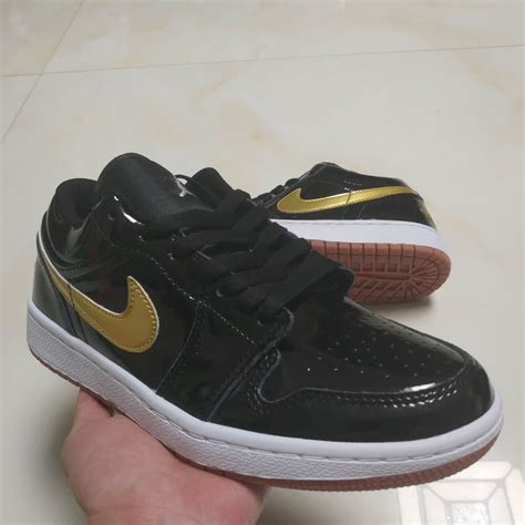 Nike Air Jordan I 1 Retro Low Unisex Basketball Shoes