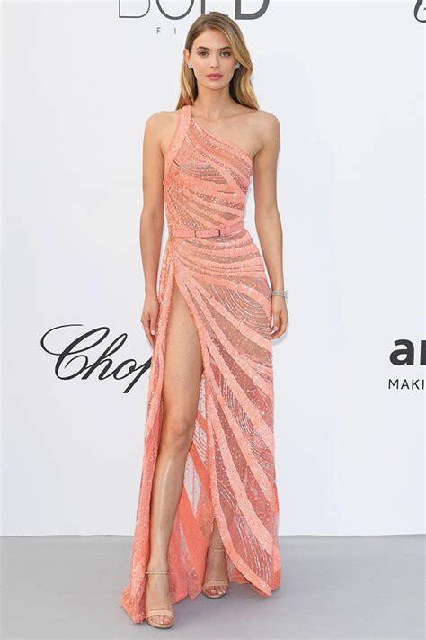 Красивые новогодние платья лучшие идеи платья на Новый Год 2021 фото