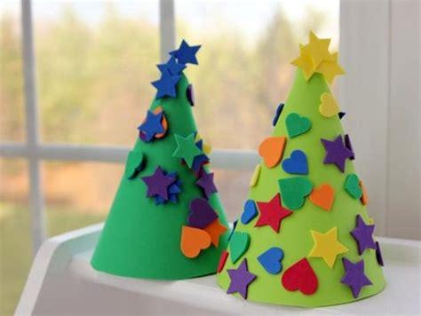 10 manualidades de 225 rboles de navidad para ni 241 os ella hoy