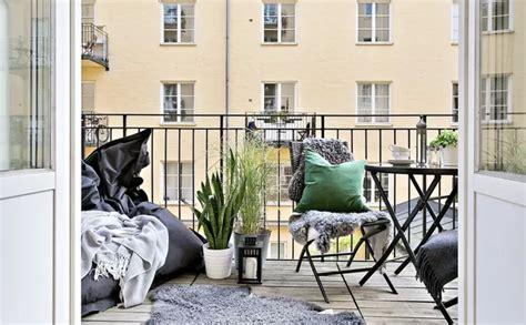 arredo per terrazze come arredare un balcone piccolo idealista news
