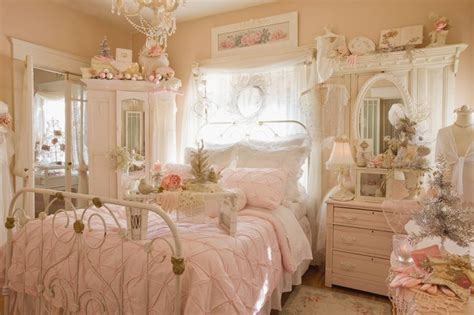 chambre shabby chic 33 shabby chic bedroom décor ideas digsdigs