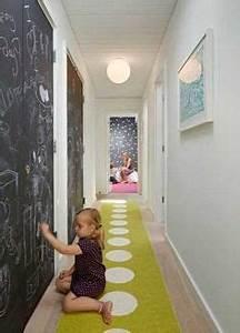 plus de 1000 idees a propos de deco escalier et couloir With marvelous couleur de peinture pour couloir sombre 7 12 idees deco pour styliser un couloir long etroit ou sombre