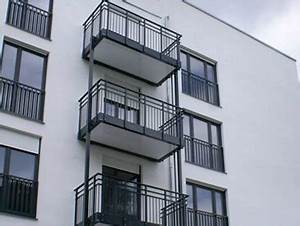 Balkon Nachträglich Anbauen Genehmigung : vorgesetzte balkone ~ Frokenaadalensverden.com Haus und Dekorationen