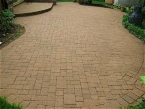 paver brick and concrete walkway patio cleaning and