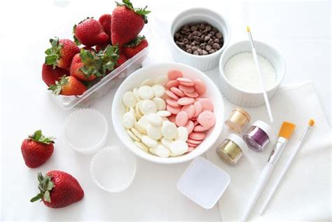 5 Easy Ways To Make Fancy Chocolate Covered Strawberries