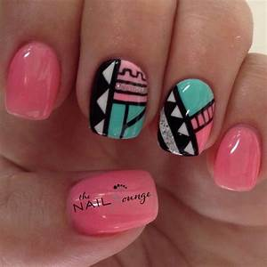 Tribal geometric aztec nail art design | gel nail art ...