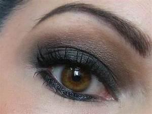 Quel Fard A Paupiere Pour Yeux Marron : maquillage regard intemporel maquillage yeux marrons sur maquillage ~ Melissatoandfro.com Idées de Décoration