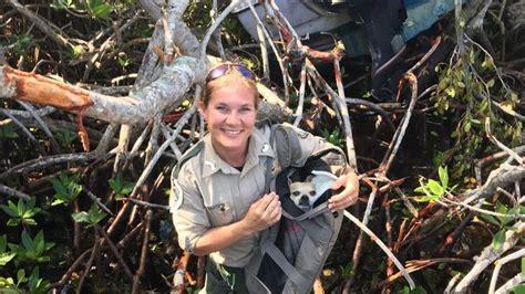 Boat Crash Florida Keys by Dog Rescued After Florida Keys Boat Crash Fl Keys News