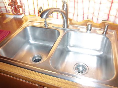 how to shine kitchen sink flying basics day 1 shine your sink happyhomehabits 7360
