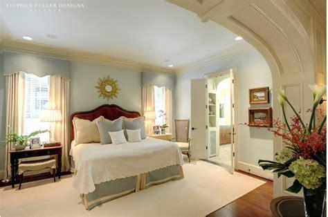 5 Luxury Master Bedroom Suites