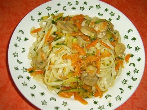 caine nouilles chinoises