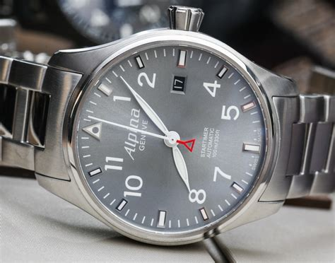 Alpina Startimer Pilot Automatic Watches For 2014 Hands-on