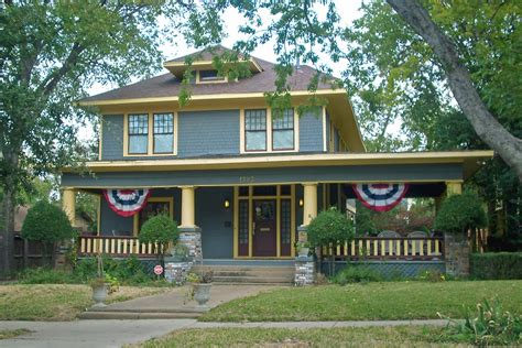 what style house do i american foursquare style house fairmount ft worth flickr