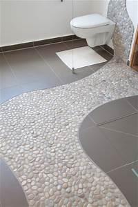 Bodenfliesen Bad überkleben : bad heizung bad sanit r badezimmerfliesen ~ Lizthompson.info Haus und Dekorationen