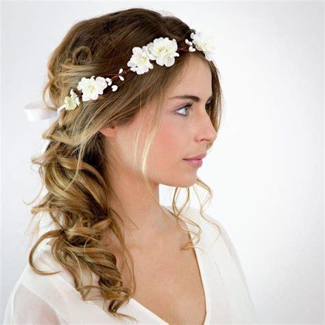 mariage couronne de fleurs blanches elsa les meilleures coiffure avec couronne de fleurs