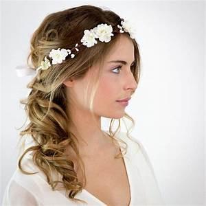 Couronne Fleur Cheveux Mariage : mariage couronne de fleurs blanches elsa les meilleures coiffure avec couronne de fleurs ~ Melissatoandfro.com Idées de Décoration