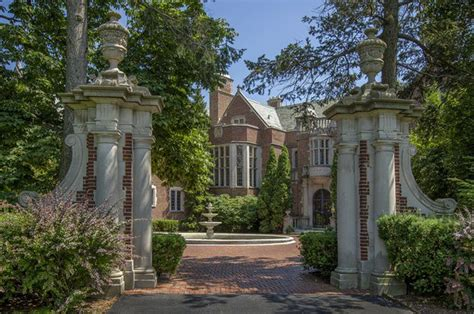 Homes Lake Forest by Lake Forest S Schweppe Mansion Is Still Searching